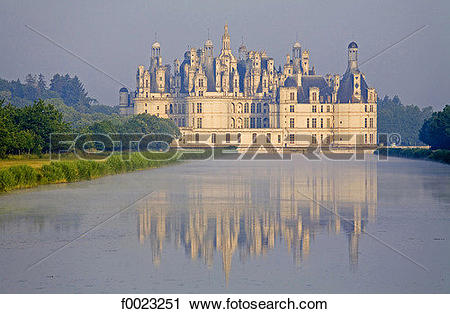 Stock Photography of France, Touraine, Chambord, castle f0023251.