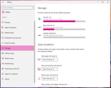 Windows 10 Settings menu: The System tab.