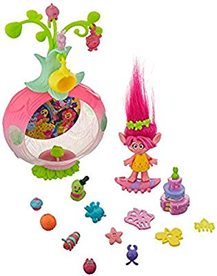 DreamWorks Trolls Sparkle Surprise Party Pod Playset with.