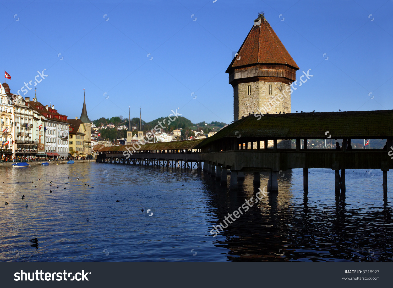 The Chapel Bridge And Lake Lucerne, In The City Of Lucerne.