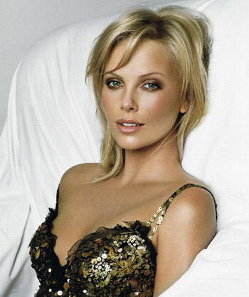 jatemplaskey: charlize theron monster.