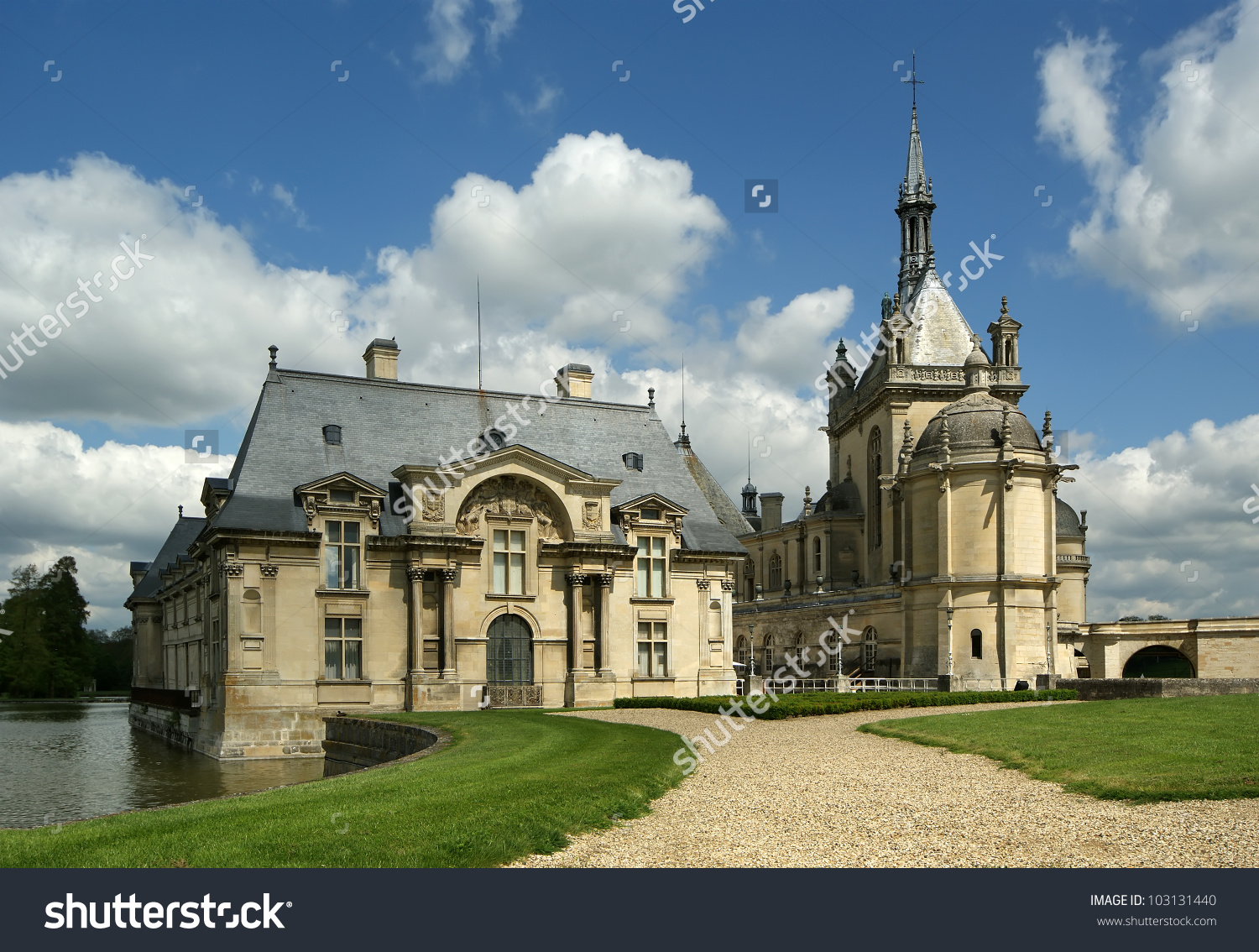 Chateau De Chantilly ( Chantilly Castle ), Oise, Picardie, France.