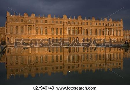 Stock Photograph of Chateau de Versailles, France u27946749.