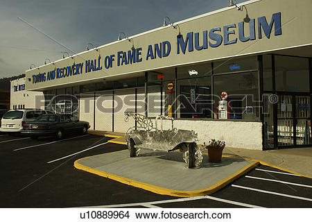 Stock Photo of Chattanooga, TN, Tennessee, International Towing.