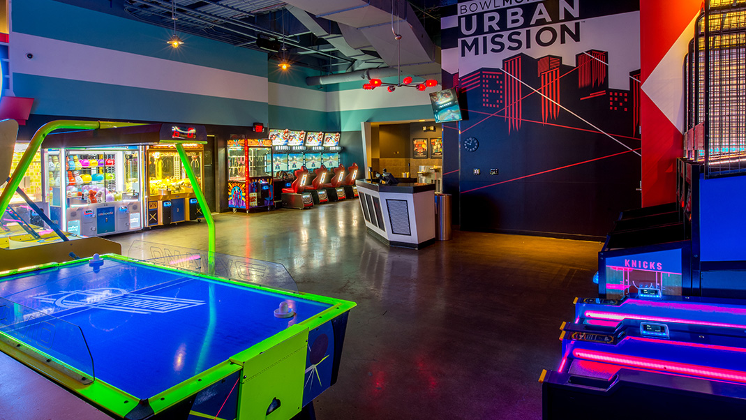 Bowling Alley & Arcade at Chelsea Piers.