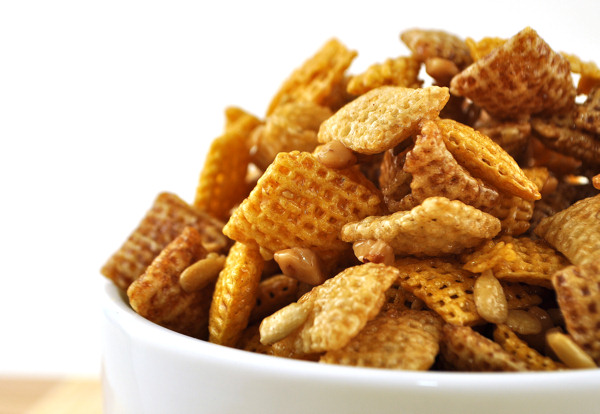 Cereal clipart chex mix, Cereal chex mix Transparent FREE.