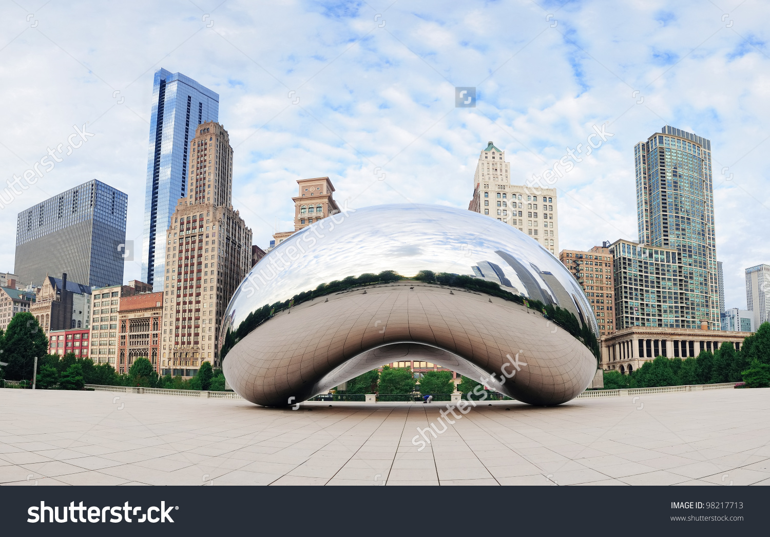 Chicago Il Oct 6 Cloud Gate Stock Photo 98217713.