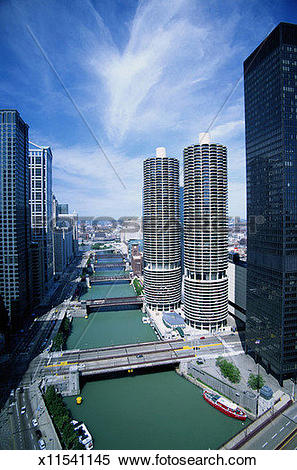 Stock Image of Chicago River and Bridges x11541145.