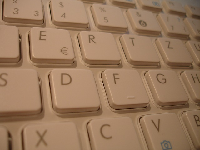 Free pictures KEYBOARD.