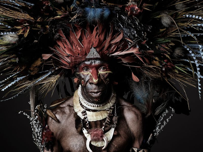 Striking Photos of the Past and Present of Papua New Guinea.