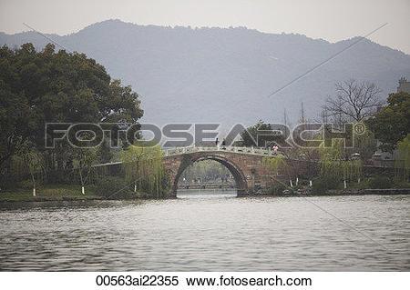 Stock Image of Su causeway, West Lake, Hangzhou, China.
