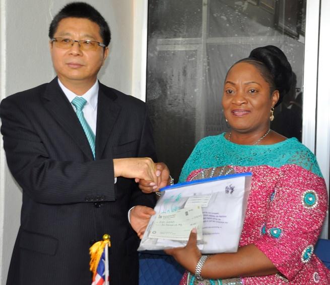 Liberia: Chinese Embassy Donates To Scholarship Program Of VP Howard.