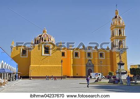 Stock Photography of San Pedro Apostle church, Zocalo, Cholula.