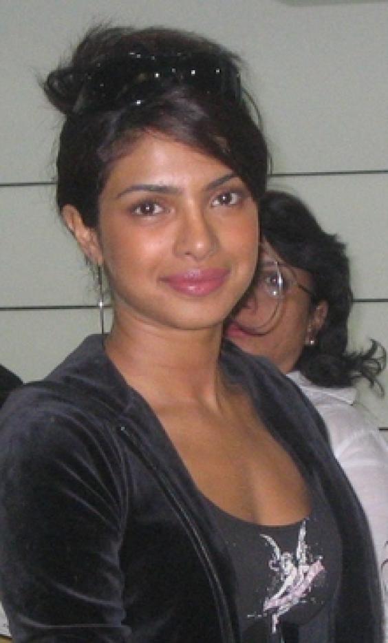 Priyanka chopra bikini hd clipart.