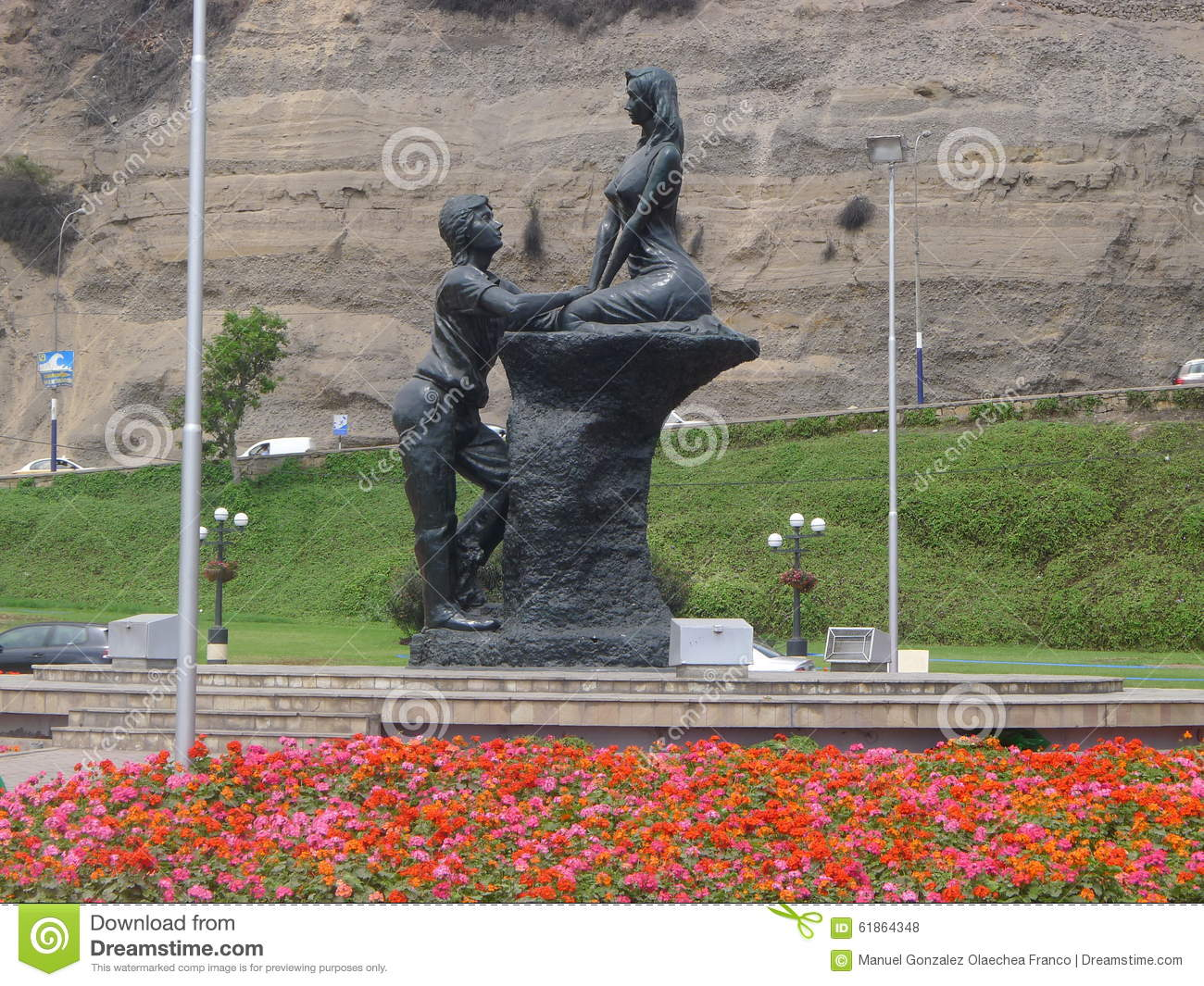Romantic Statue At The Coastline In Chorrillos, Lima Stock Photo.