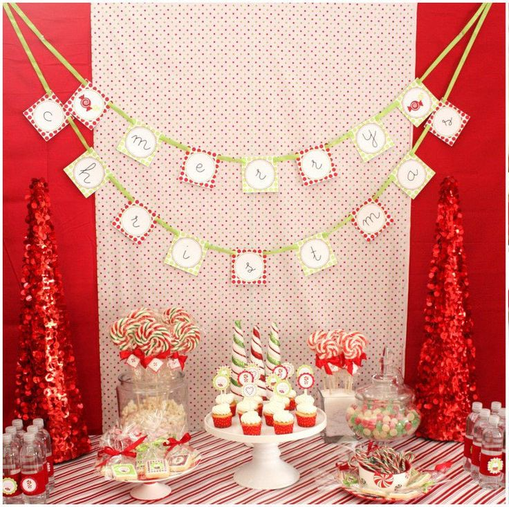 17 Best ideas about Christmas Dessert Tables on Pinterest.