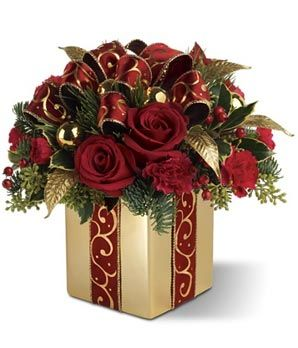 17 Best ideas about Christmas Floral Designs on Pinterest.