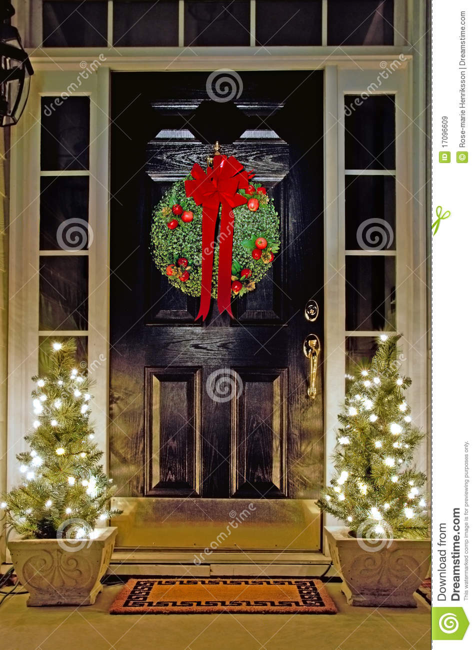 Christmas Front Door. Cool Christmas Front Door Decorations Home.