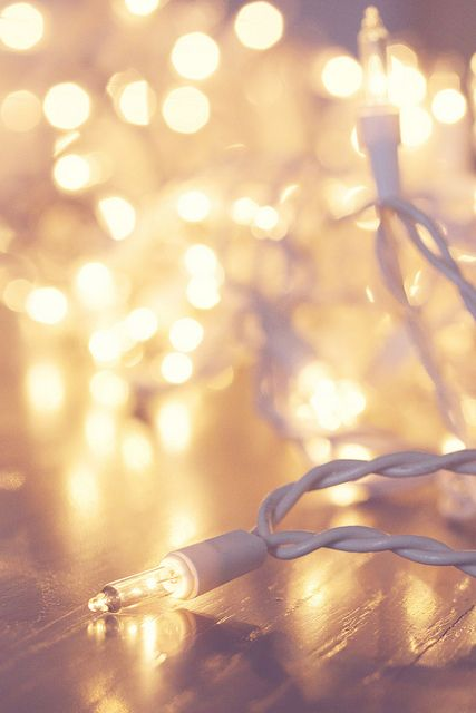 25+ best ideas about Christmas Lights Wallpaper on Pinterest.