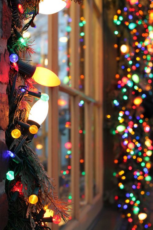 25+ best ideas about Christmas Lights Background on Pinterest.