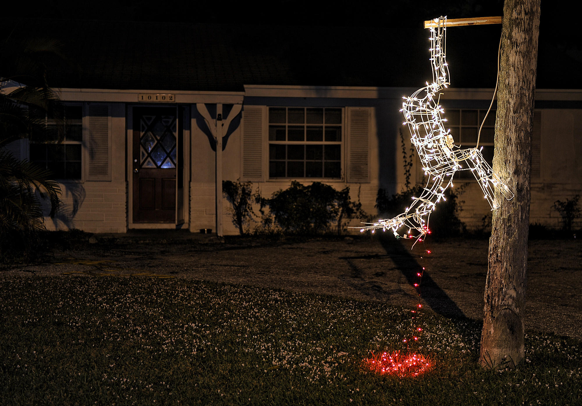 Christmas lights island clipart.