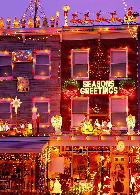 Best Neighborhoods to See Holiday Lights in 2015.