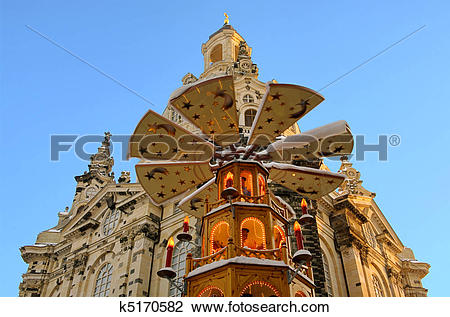 Stock Photo of Dresden christmas market church of our lady 01.