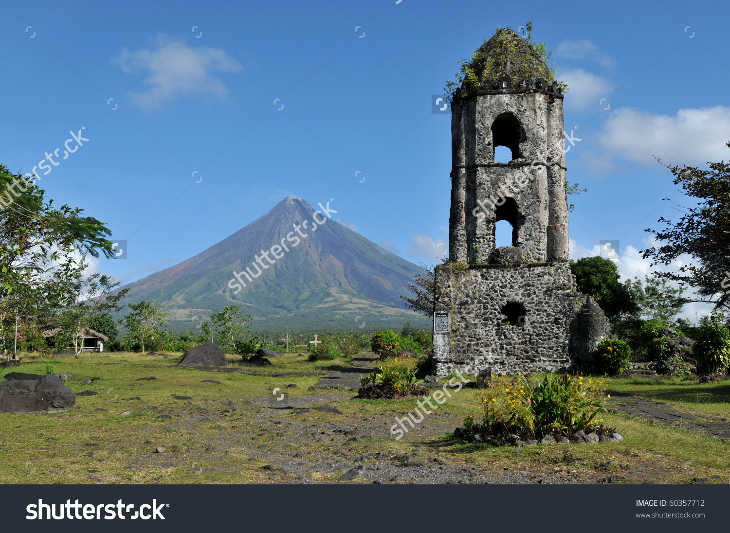 Mayon Volcano Ruins Cagsaua Church Philippines Stock Photo.