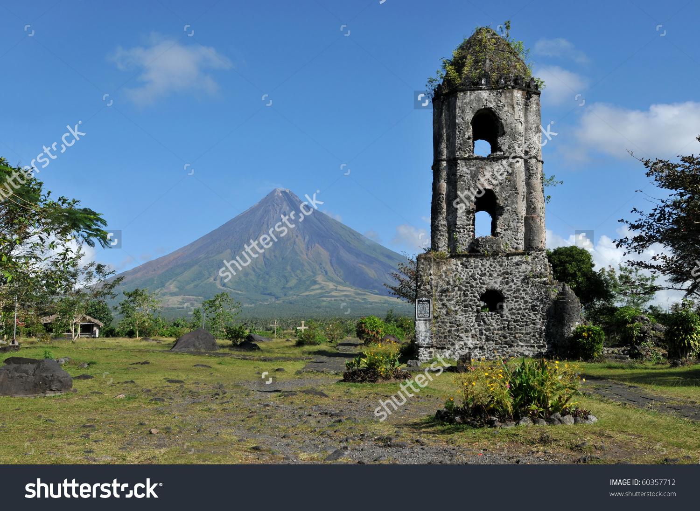 Mayon Volcano Ruins Cagsaua Church Philippines Stock Photo.
