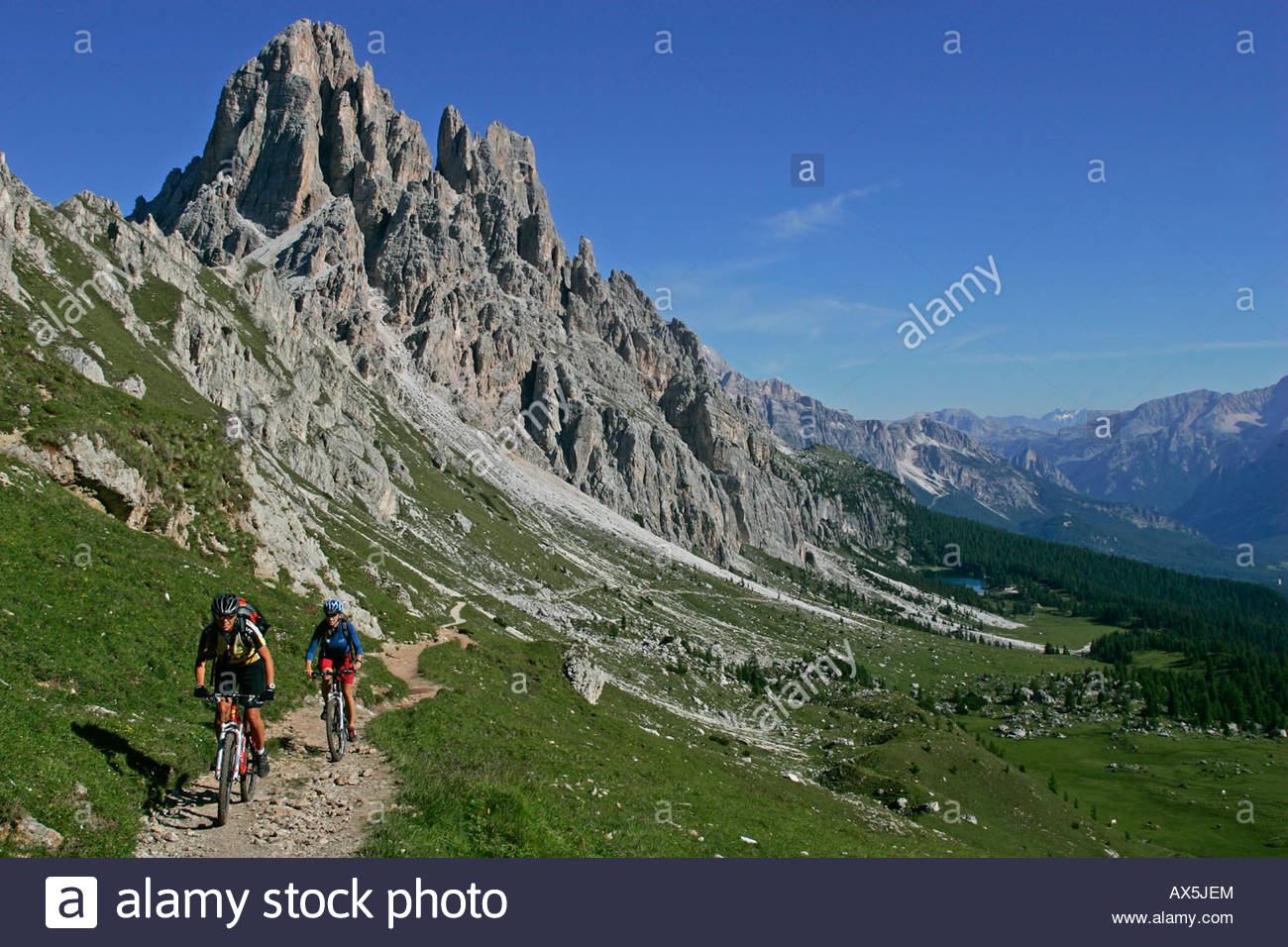 Female Mountain Bikers, Cima D'ambrizzola, Lago Di Fedara.
