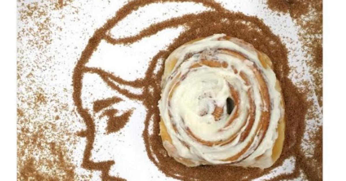 Cinnabon criticized for tweet after Carrie Fisher's death.