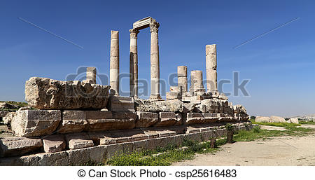 Pictures of Temple of Hercules, Roman Corinthian columns at.