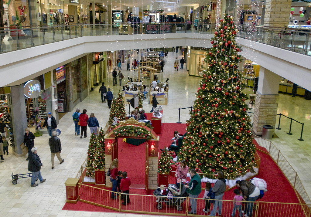 Holiday happenings in Clackamas County and SW Portland.
