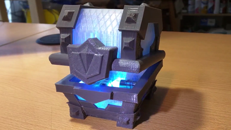 How to make a real Legendary Chest from Clash Royale.