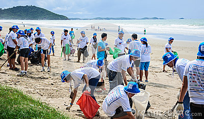 Beach Clean Up, Rayong, Thailand Editorial Photography.