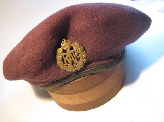 Vintage RAF Beret and Hat Badge 1943 WWII British Beret.