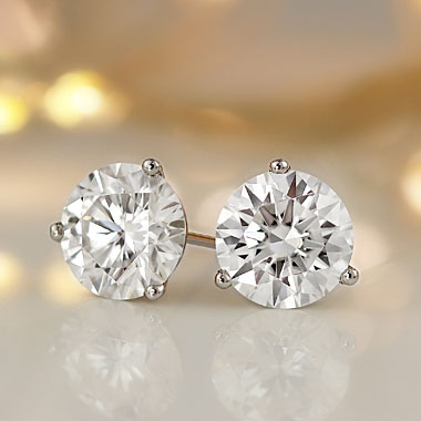 Diamond Studs, Diamond Stud Earrings at DiamondStuds.com.