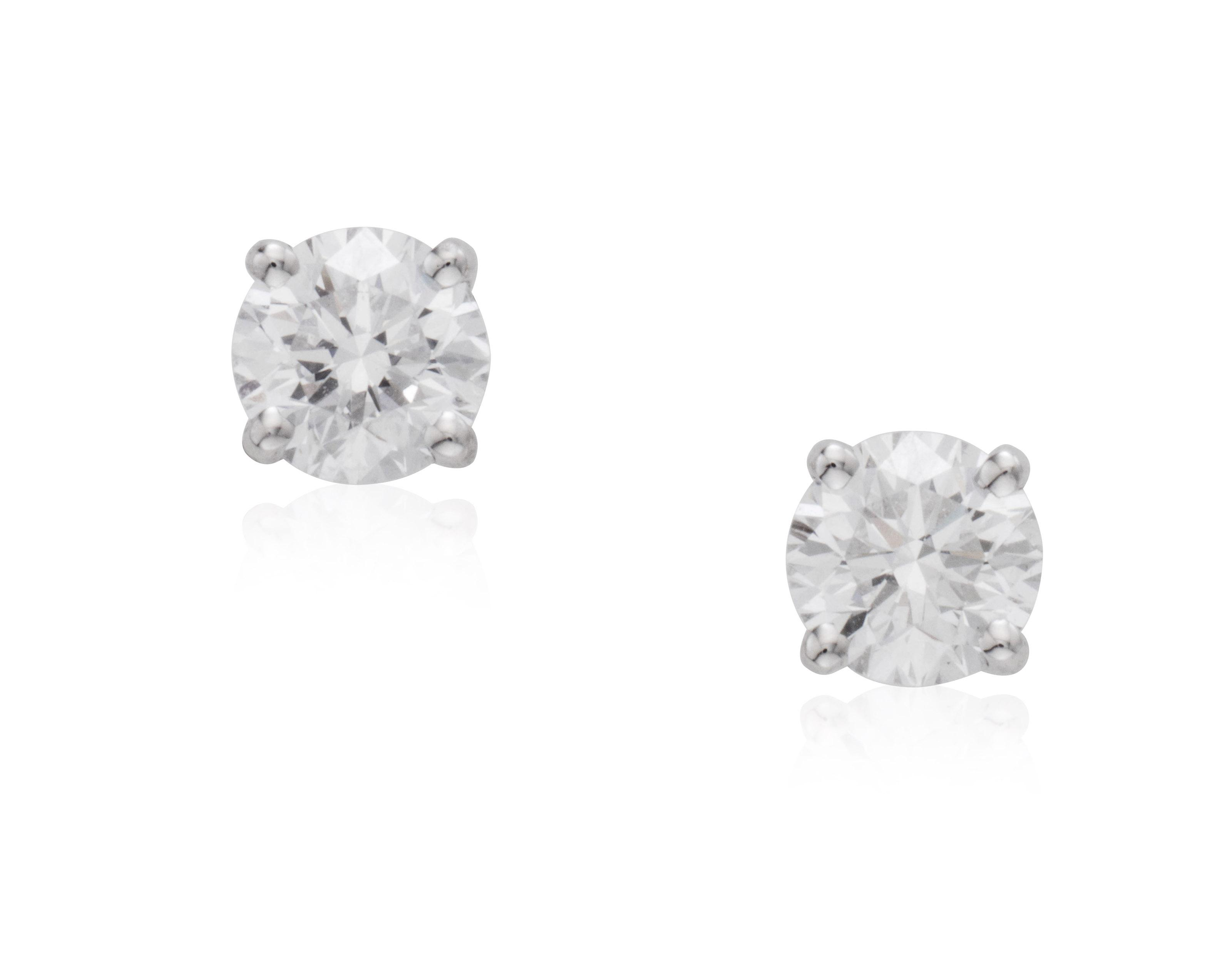 GRAFF DIAMOND STUD EARRINGS.
