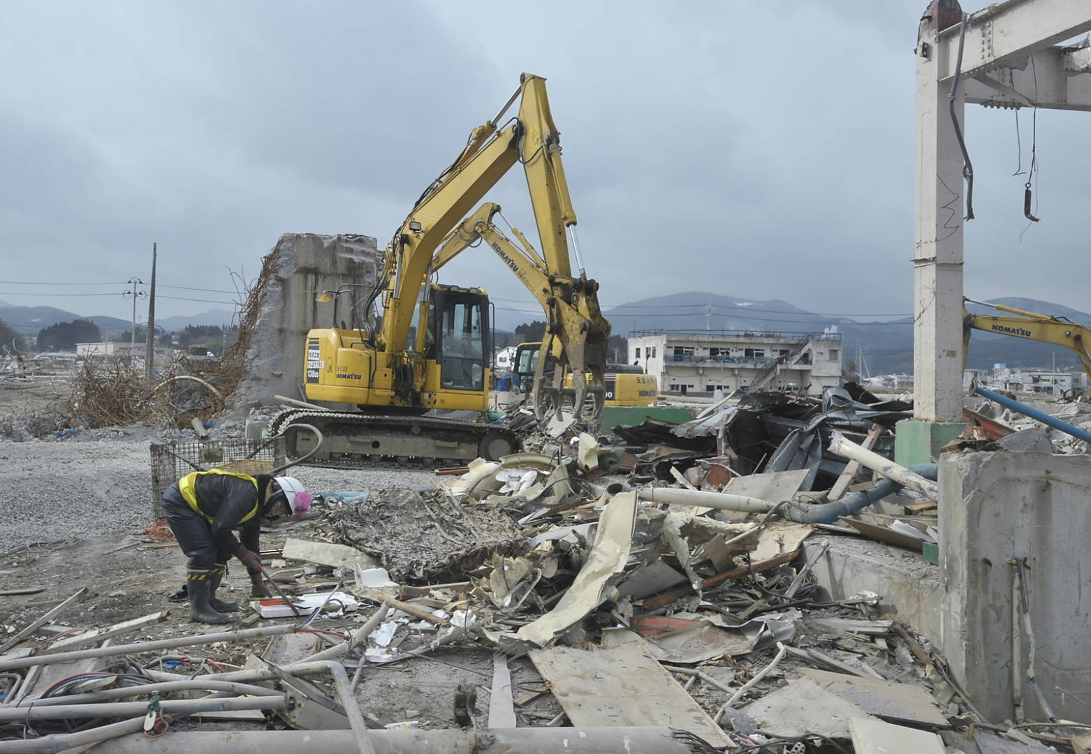2011 Japan earthquake and tsunami: Facts, FAQs, and how to.