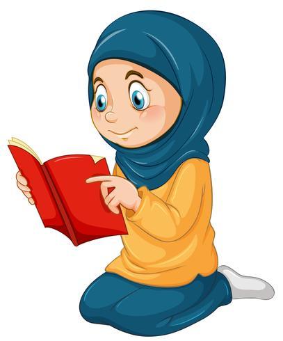 Une fille musulmane étudier qur'an.