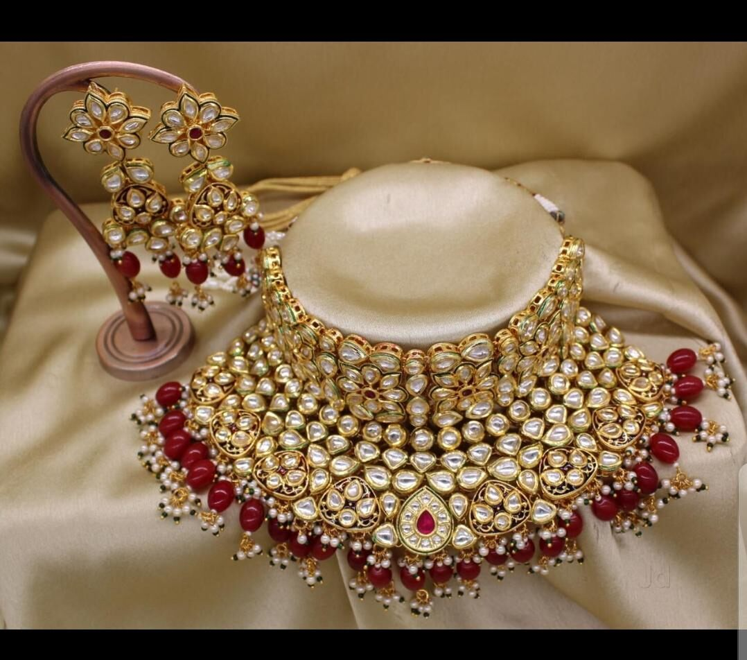 Top Kundan Jewellery Retailers in Padmavati.