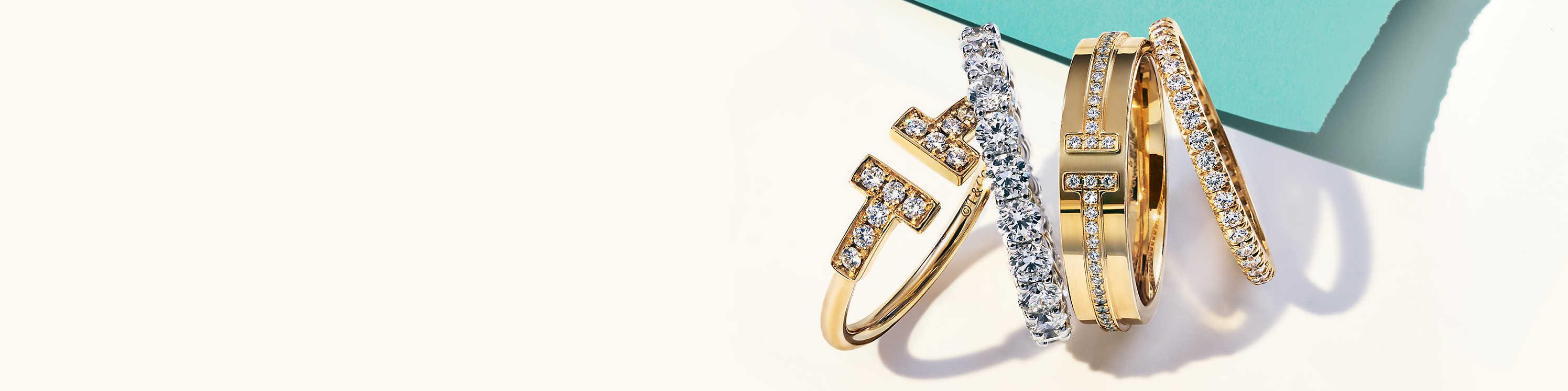 Women\'s Rings: Signet & Stacking Rings.