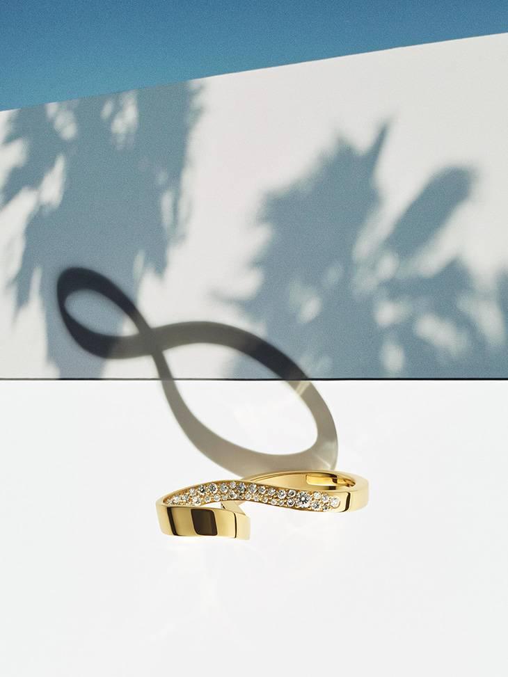 Diamond Engagement Rings & Jewellery.