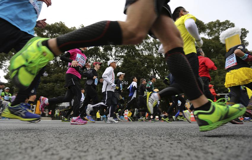 Tokyo Olympic marathon set; 3 loops on a course in Sapporo.