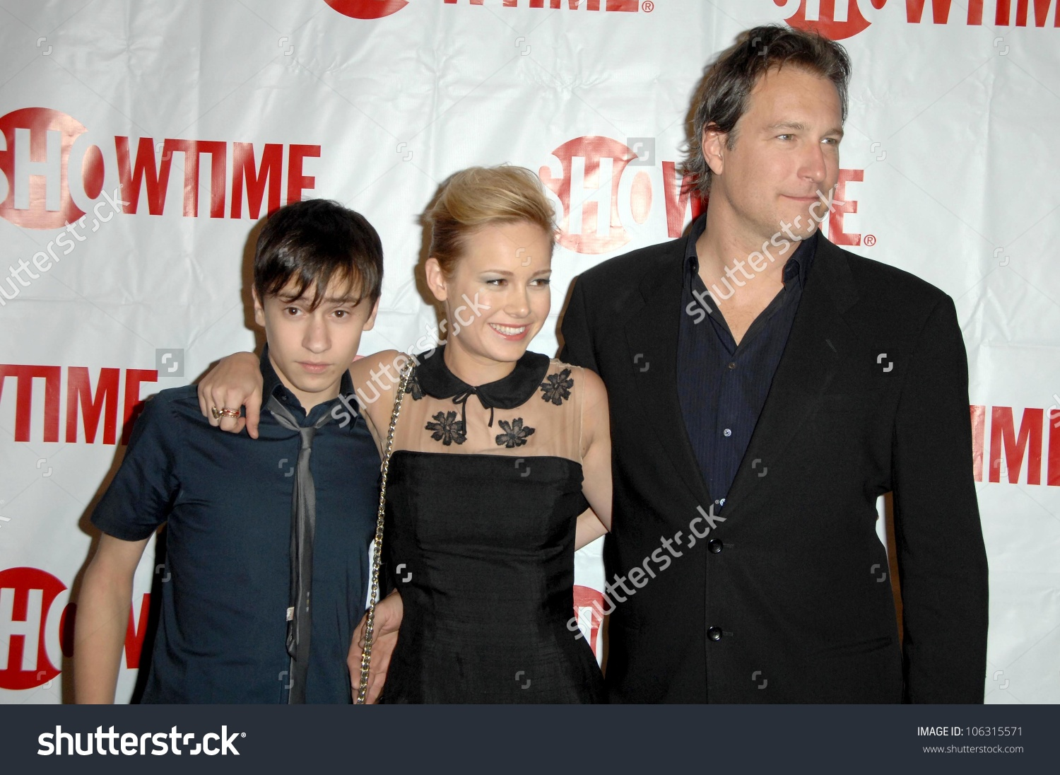 Keir Gilchrist With John Corbett And Brie Larson At The Showtime.
