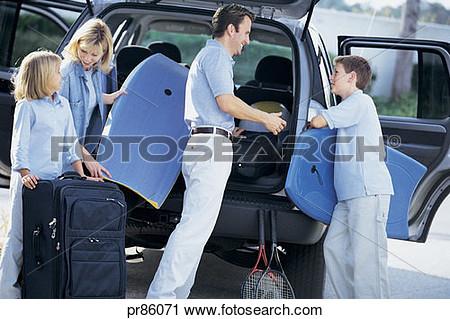 Clipart Unload Car Vacation.