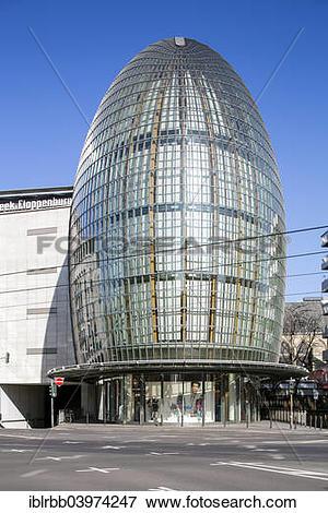 "Picture of ""Weltstadthaus Peek + Cloppenburg, architect Renzo."