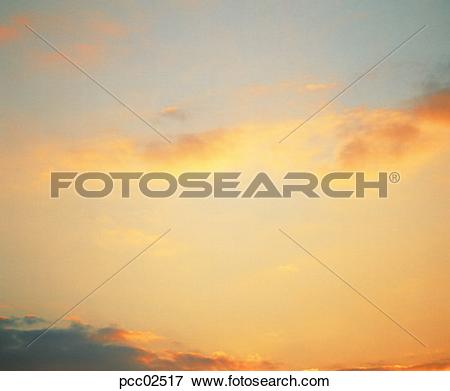Picture of cloud, sky, sunrise, altostratus, black clouds, dark.