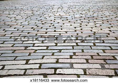 Stock Photo of Victorian cobblestone street in Glasgow x18116433.