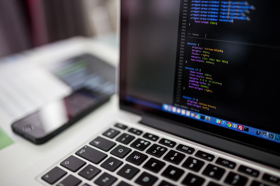 What Coding Taught Me About Running A Startup.